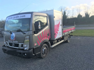 Camion-entreprise-Envie-Jardin2-1-300x225